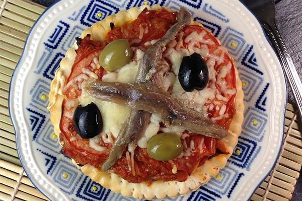 Pizza anchois & crudités + Banane
